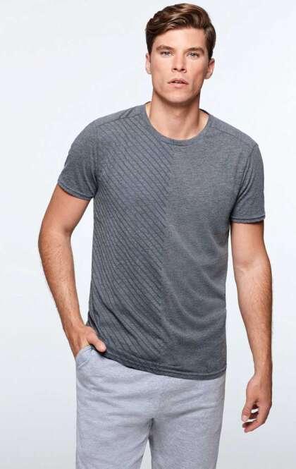 Мъжка вталена тениска с crew neck деколте T-SHIRT BAKU